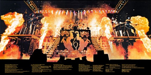 cover_alive2_gatefold